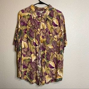 Nature themed button up sz 20